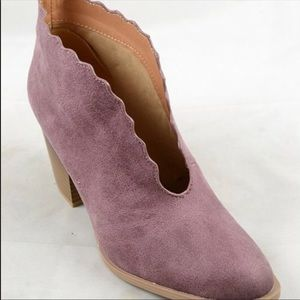 Shoes - Rose cut out booties
